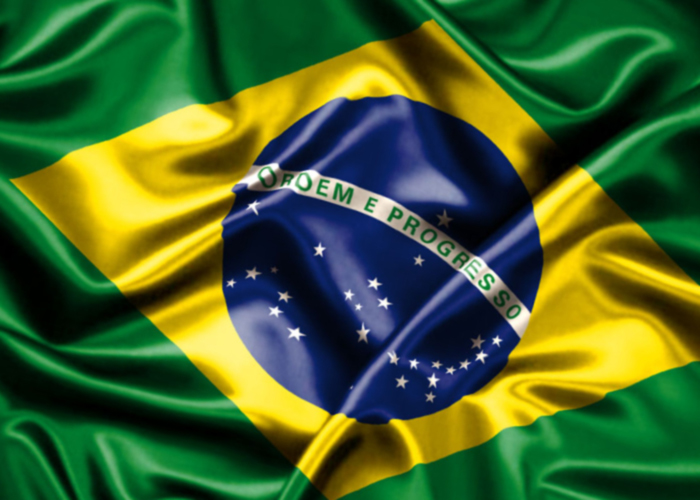 bandeira-do-brasil-crise